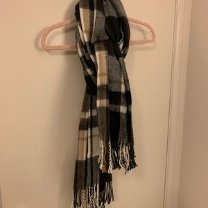 Nordstrom Accessories - Oversized black, white, and beige plaid scarf